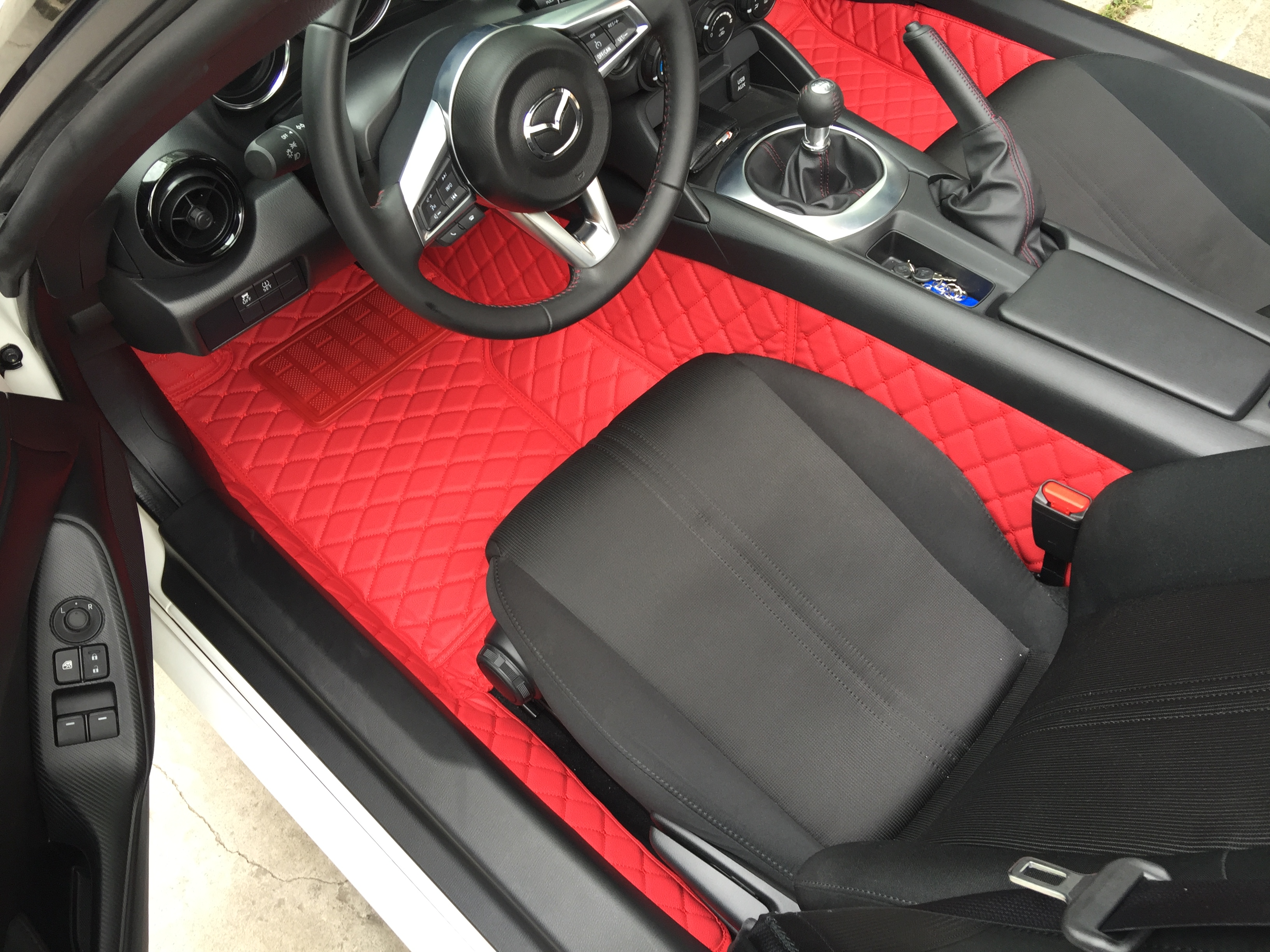 Group Buy 2 Quilted Leather Trunk Liner And Floor Mats For Miata Nd